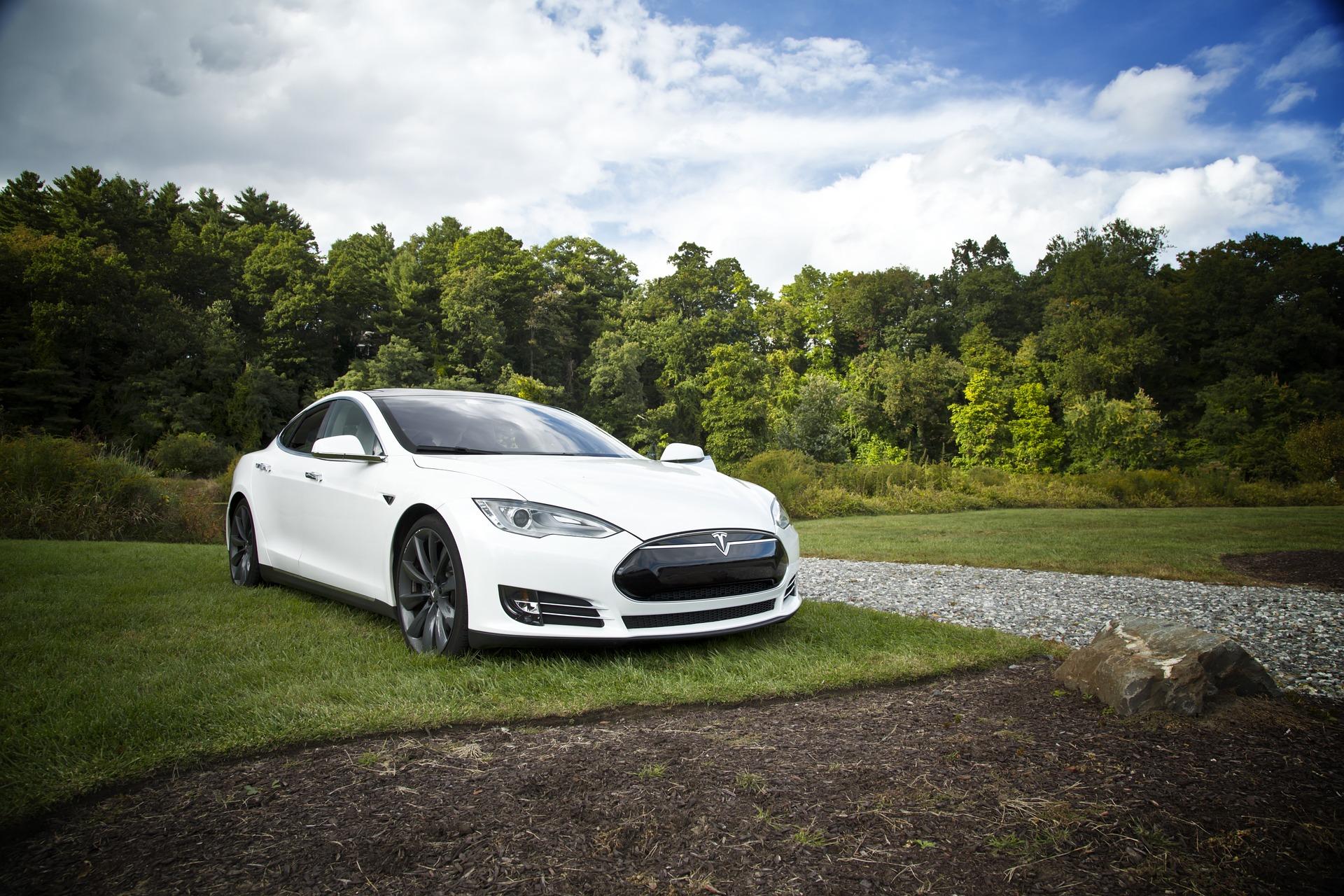 Tesla winduje ceny nieruchomości